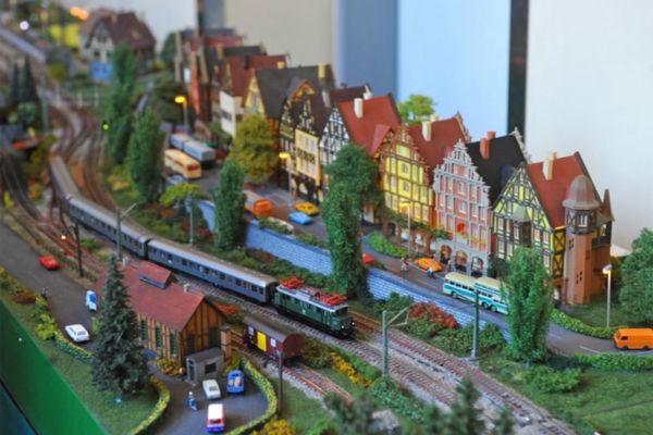 Bild 1 von Modellbahn Kramm