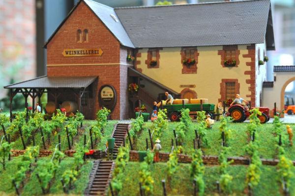 Bild 2 von Modellbahn Kramm